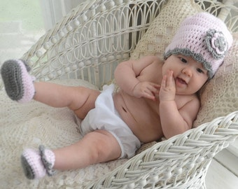 Baby Infant Girl Crochet Hat Beanie Booties Baby Shower Gift Photo Prop 10030 MADE TO ORDER