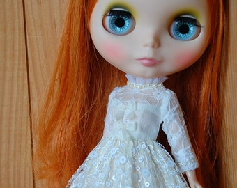 Blythe lace dress