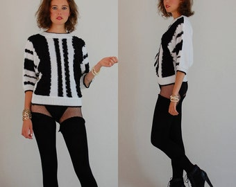 Blousy Striped Sweater Vintage 80s Textured Black and White Striped Crop Pull Over Sweater (s m)