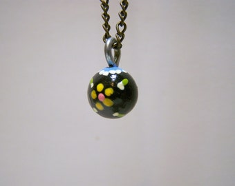 small blue lace yellow daisy necklace