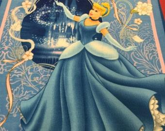 Cinderella No Sew Fleece Blanket