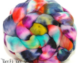 RAINDROPS - Hand Dyed Domestic Rambouillet  Wool Roving, Combed Top Spinning, Felting fiber - 4.1 oz