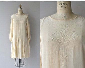 25% OFF.... Ghost Trefoil dress | vintage 1920s silk dress | long sleeve cream 20s dress