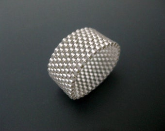Peyote Ring /  Beaded Ring in Silver  / Seed Bead Ring / Peyote Band / Size 4, 5, 6, 7, 8, 9, 10, 11, 12, 13 / Beadwoven Ring / Silver Ring
