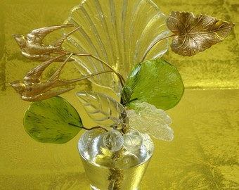 GLASS Sculpture with SHELL Shape, Green Leaves, Metal BIRDS