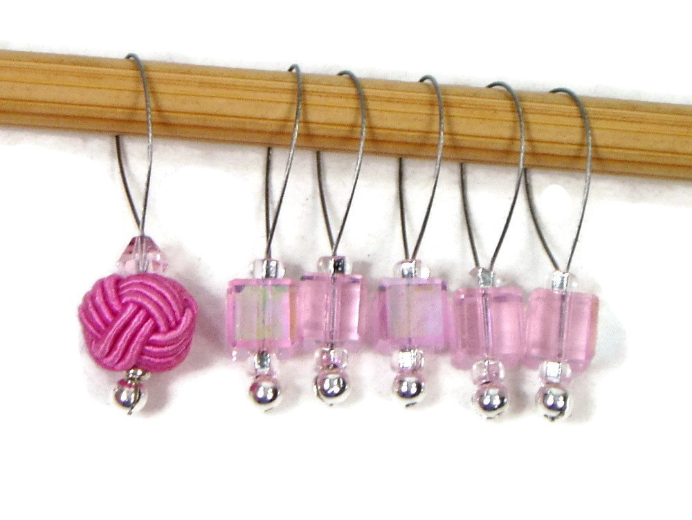 Knitting Markers Beads : Stitch markers snagless pink cube knitting tools beaded celtic