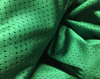 MamaBear Ring Sling - Water Sling - St. Patty's Green - Old Style Box Pleat Shoulder