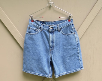 80s/90s vintage Levi's 550 Stone Wash High Waist Relaxed Fit Jean Shorts