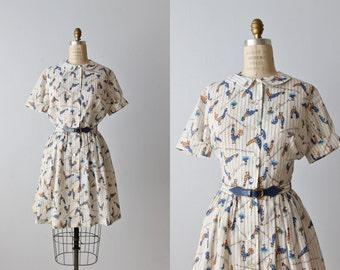 Vintage 1950s Shirtwasit Dress / 50s Dress / Novelty Print / Gathered Skirt / Chicks