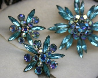 Vintage 1950s Judy Lee Aqua Iridescent Gold Tone Starburst Brooch + Clip-On Earring Set Signed Rare