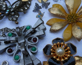 Butterflys and Flowers collection Vintage jewelry earrings brooches pendants charm lot Butterfly metal flower