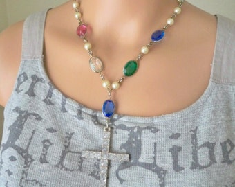 Colorful gemstones and pearl beads choker chain - Large vintage rhinestone cross - One of a Kind bycat