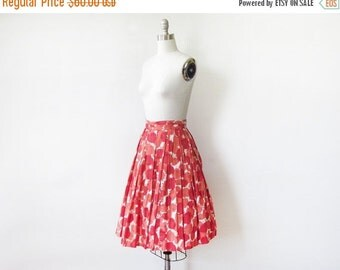 50% OFF SALE 50s floral skirt, vintage 1950s floral print skirt, full cotton skirt, 22 w