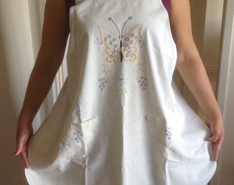 Vintage, Antique Embroidered Muslin Apron, Satin Stitch Butterflies and Flowers, Pockets, 1930s