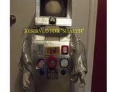 Robot costume, size 3/4, Really lights up, two piece costume