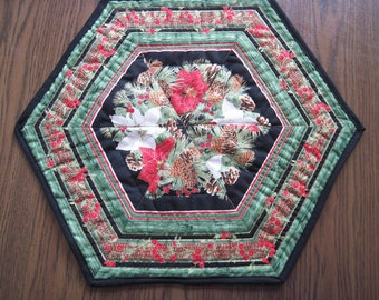 Quilted table topper candle mat poinsettia pine cones Quiltsy Handmade