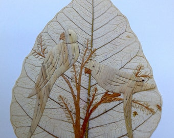 Parrot lovers collectible art.  Handmade with rice straw signed, numbered by artist. Two leaves nor twe of my handmade leaf art alike