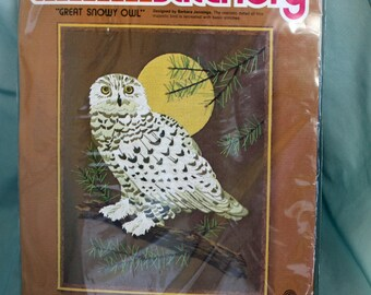 """Christmas in July, Vintage 1970s, Crewel Embroidery Kit, """"Great Snowy Owl"""", by Sunset Stitchery, 16 X 20 Inches"""