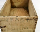 Vintage SMALL WOODEN BOX / Finger Joints / Solid Wood Box / Imperfect Rustic