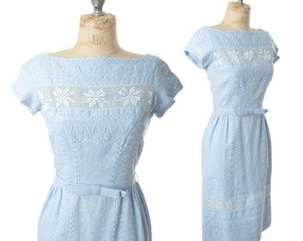 vintage 50s dress / blue Moygashel linen and lace dress / 1950s dress .. XS / 24 waist