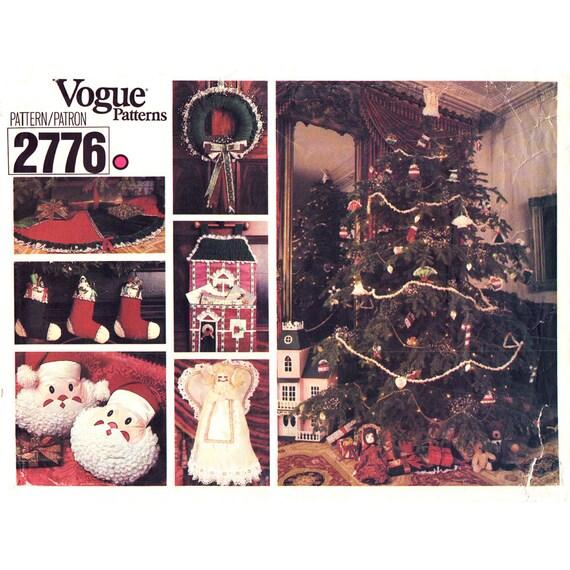Holiday Decor Pattern Vogue 2776 Christmas Ornament Stocking Tree Skirt Wreath Santa Pillow