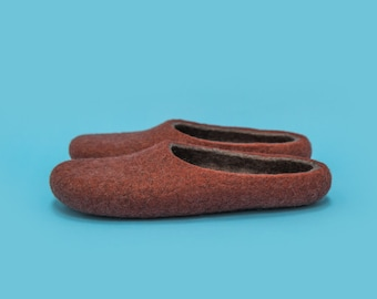 "Smoky Brown"" Hand felted wool slippers by Onstail"