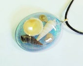 Real Sea Shell Pendant Nature Necklace Ocean Shore Resin Bohemian Jewelry Glitter Beach  Blue