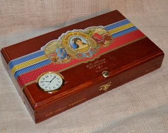 Desk Valet / Desk Clock Cigar Box No. 608.162