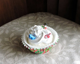 Faux Christmas Cupcake Frosting Fake Food Photo Staging Prop