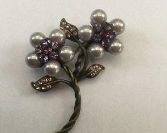 Vintage Pearl & Rhinestone Flower Leaf Pin