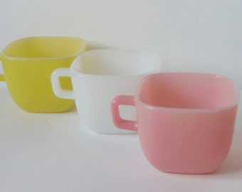 Set of 3 GLASBAKE Square Mugs. Yellow, White and Pink