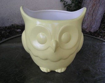 SALE 50% OFF  Stoutly Wise Owl Candy Dish/Vase/Planter Pastel Yellow