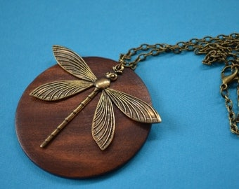 Dragonfly on Dark Wood Disc Necklace Brown Antique Bronze (AB46)