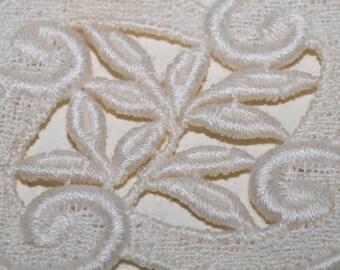 Vintage Linen Appliques, Ecru Linen Pieces, Vintage Linen, Tea Linens
