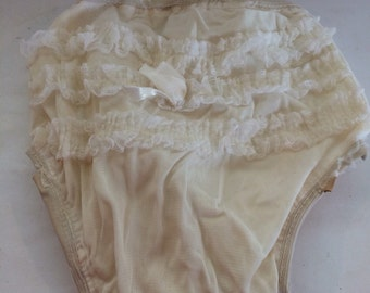 Ruffled Diaper Cover Panties Size Small