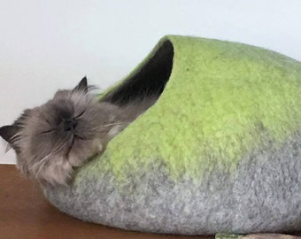 Cat Cave / cat bed - handmade felt - Lime Green/Grey or all Lime Green - S,M,L,Xl + free felted balls