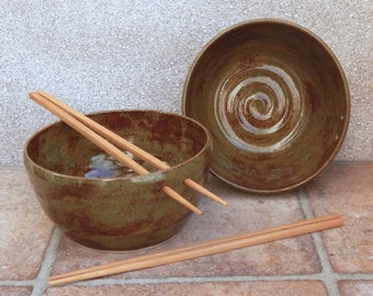 Pair of noodle or rice bowl hand thrown in stoneware ceramic pottery