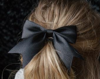 Hair Bow - Traditional Black Grosgrain Hairbow