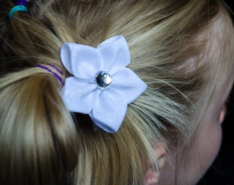 Hair Bow - White Glitter Grosgrain 5 Petal Hair Flower