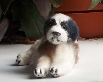 Miniature dollhouse Saint Bernard