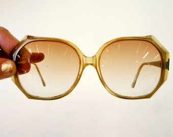 Vintage 1970s Large Round Clear Brown Plastic Eyeglass Frames