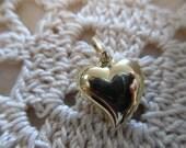 Sweet Heart Vintage 18kt  Yellow Gold Puff Heart Pendant Charm