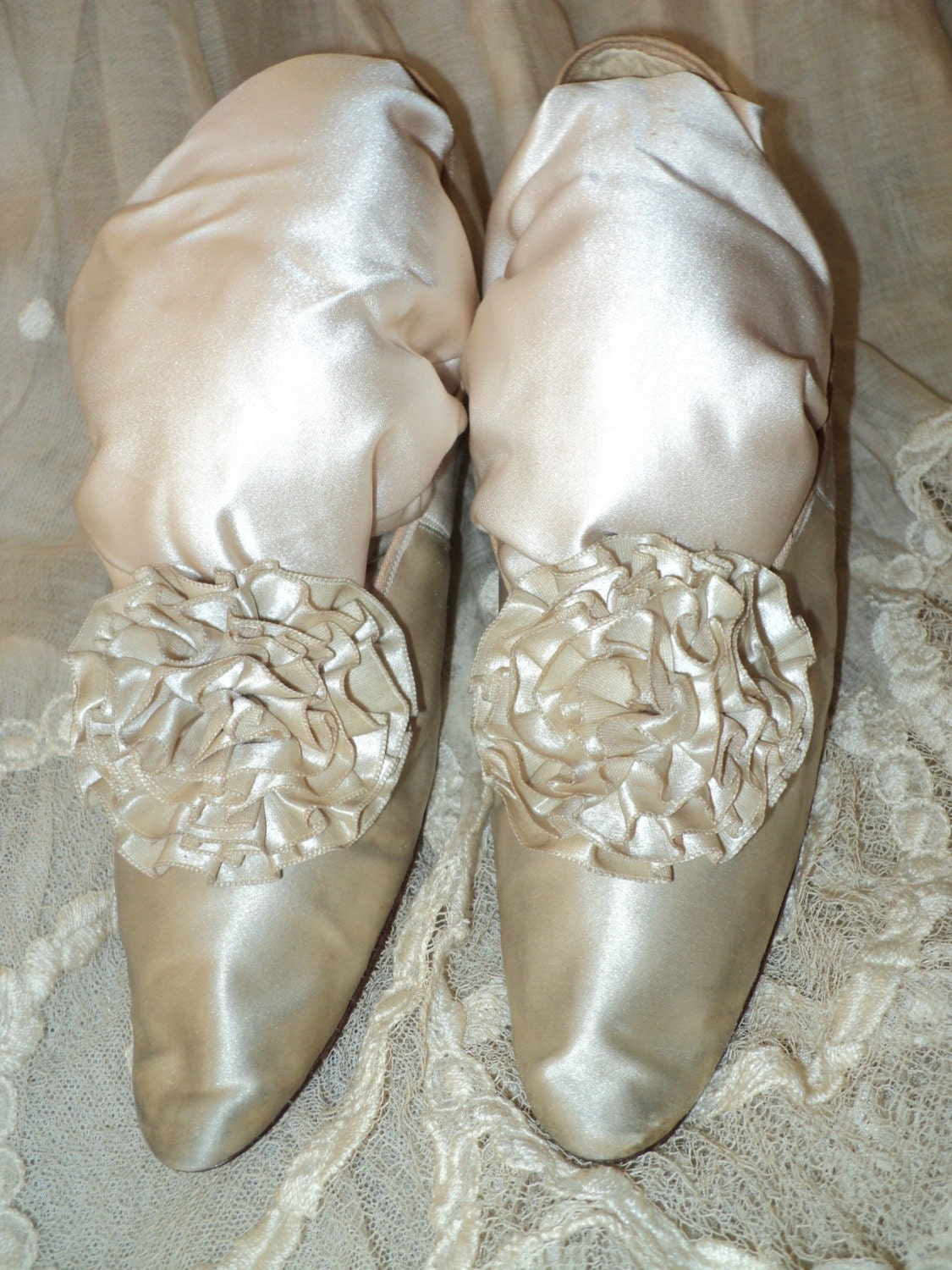 Antique Silk Wedding Shoes Great Condition Louis Heel 19th C