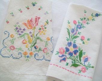 SALE - 2 Hand Embroidered Linen Towels, Vintage, 1950s, towels, decor