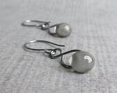 Gray Infinity Earrings, Gray Glass Dangles, Grey Earrings, Storm Gray Lampwork Earrings, Dark Silver Dangles, Oxidized Sterling Silver