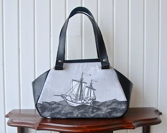 Small Carpet bag in Sail Ship with black faux leather