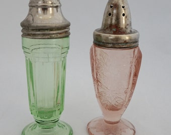 Vintage Pink Depression Glass Salt And Pepper Shakers Etsy