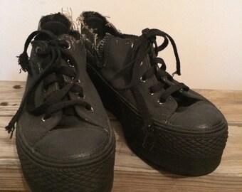 Max Star black platform sneaker 8
