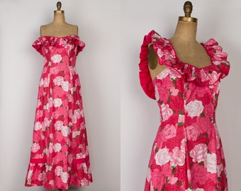 1950s Hawaiian Dress - Vintage 50s Cotton Maxi Dress in Rose Floral Ikat - Kahana Manufacturing Co. - M / L