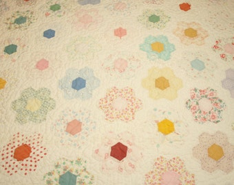 Sweet 'n Shabby Small Scale Grandmother's Flower Garden Vintage Quilt for Crib, Table Cover or Topper - 50 by 42 Inches - Feed Sack Fabrics